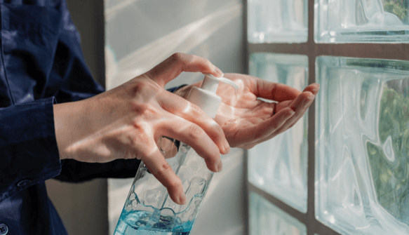 hand sanitizer cleaning